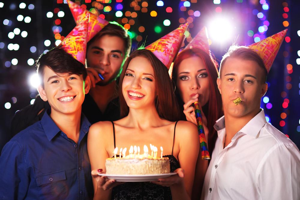 лучшее поздравление ресторана с днем рождения только ещё древности