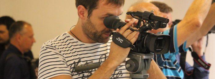 Фотограф и видеооператор