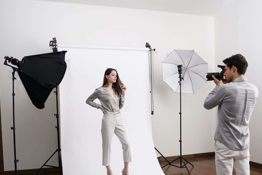 фотосъемка на модели октабокс одежды один раз